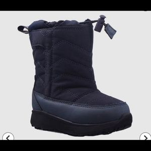 Cat & Jack Thermolite Navy Winter Boots